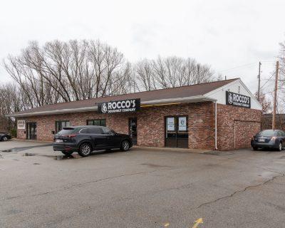 Rocco's Doughnut Company & Cumberland Farms NOW OPEN!  